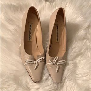 Manila Blahnik Cream Bow Heels Shoes